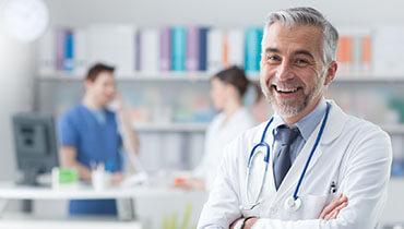 Ein- oder Zweibettzimmer mit Chefarzt